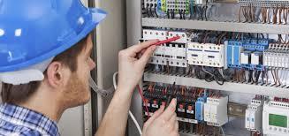 Il rischio elettrico: tutto quello che c'è da sapere